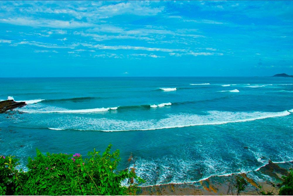 Surf Camp & Yoga Retreat Near Beginners Bay, Nicaragua